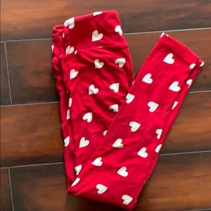 Lularoe heart one size leggings.